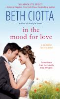 In the Mood for Love : A Cupcake Lovers Novel
