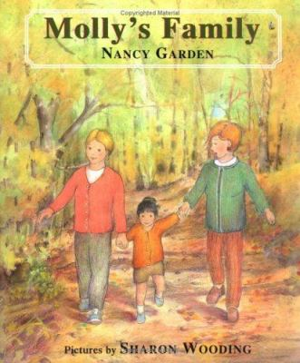 Cover image for Molly's family
