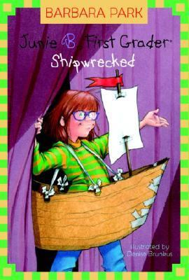 Cover image for Junie B., first grader : shipwrecked