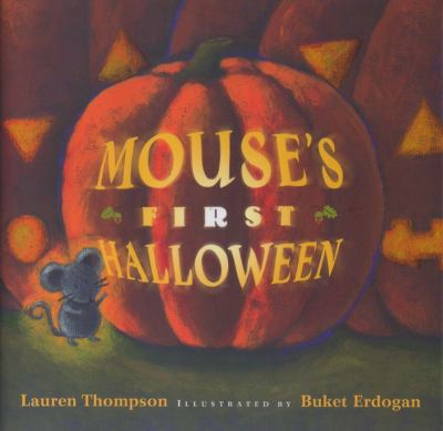 Cover image for Mouse's first Halloween