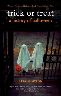 Cover image for Trick or treat : a history of Halloween