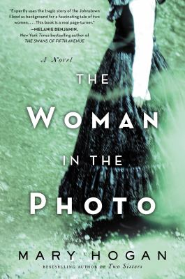 Cover image for Woman in the Photo