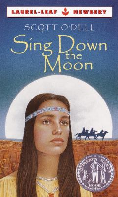 Cover image for Sing down the moon