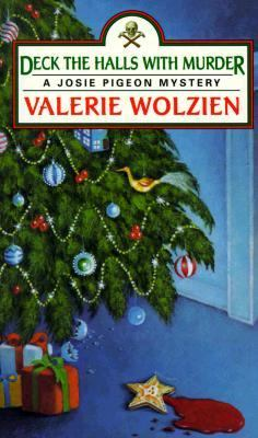 Cover image for Deck the halls with murder