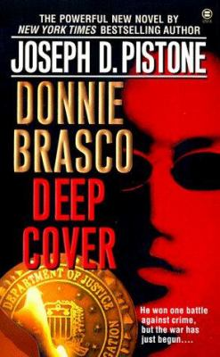 Cover image for Donnie Brasco : deep cover