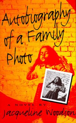 Cover image for Autobiography of a family photo : a novel