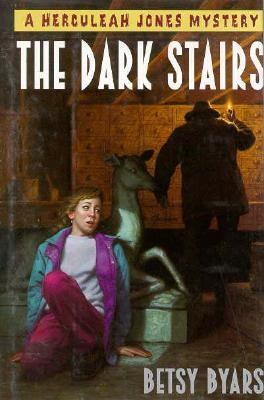 Cover image for The dark stairs : a Herculeah Jones mystery
