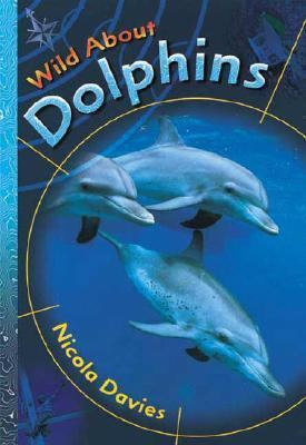 Cover image for Wild about dolphins