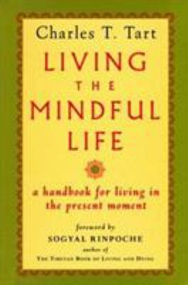 Cover image for Living the mindful life