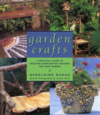 Cover image for Garden crafts