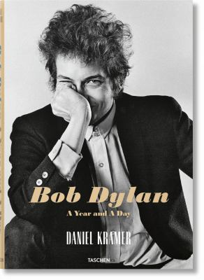 Cover image for Bob Dylan : a year and a day