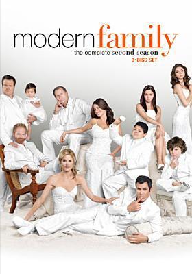Cover image for Modern family. Season 2