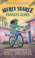 Cover image for Merci Suárez changes gears [large type]