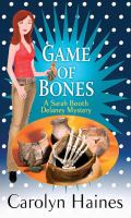 Cover image for Game of bones : a Sarah Booth Delaney mystery