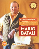 Cover image for Molto Italiano : 327 simple Italian recipes to cook at home