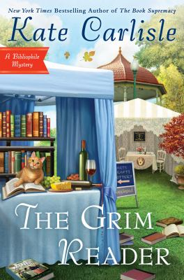 Cover image for The grim reader : A bibliophile mystery