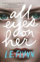 Cover image for All eyes on her