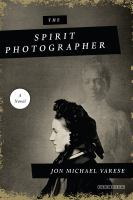 Cover image for The spirit photographer