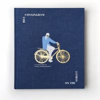 Cover image for Bill Cunningham : on the street : five decades of iconic photography