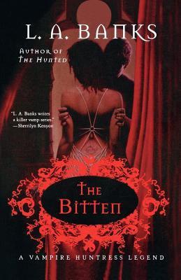 The bitten : a vampire huntress legend